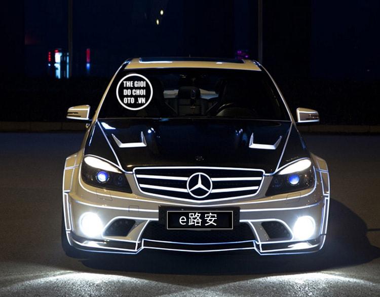Decal Tem dán phản quang dán xe ô tô