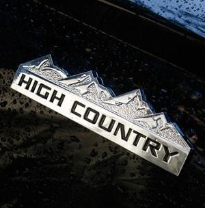 Logo 3D kim loại High Country dán trang trí xe ô tô ms-360