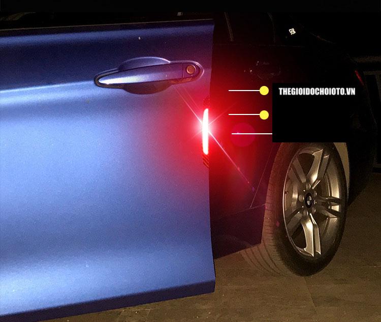 Miếng dán phản quang chống và đập cánh cửa xe ô tô