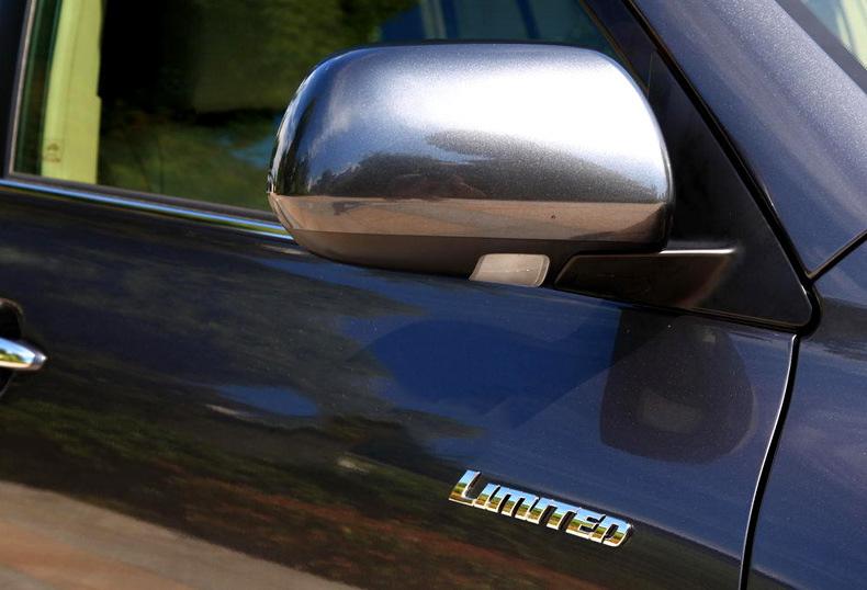Tem 3d chữ Limited dán xe ô tô