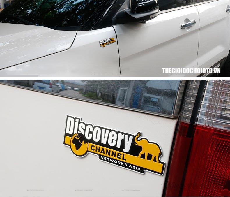 Tem logo Discovery kim loại dán xe ô tô