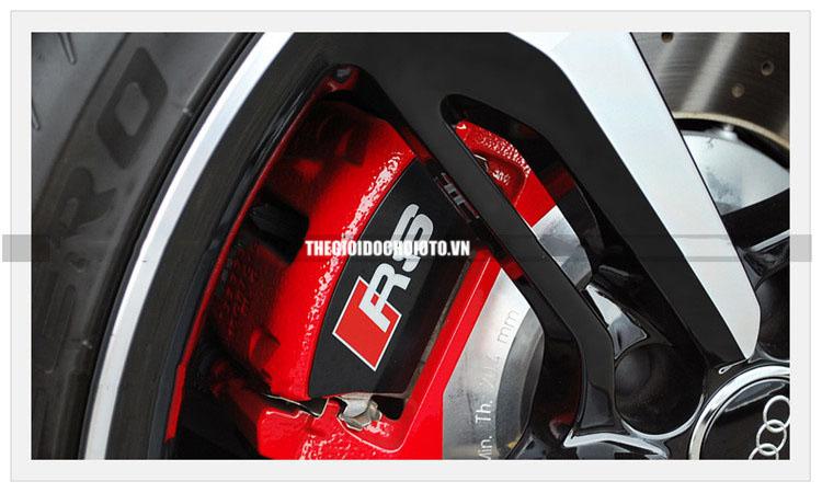 Tem RS chịu nhiệt dán phanh xe Audi  phản quang