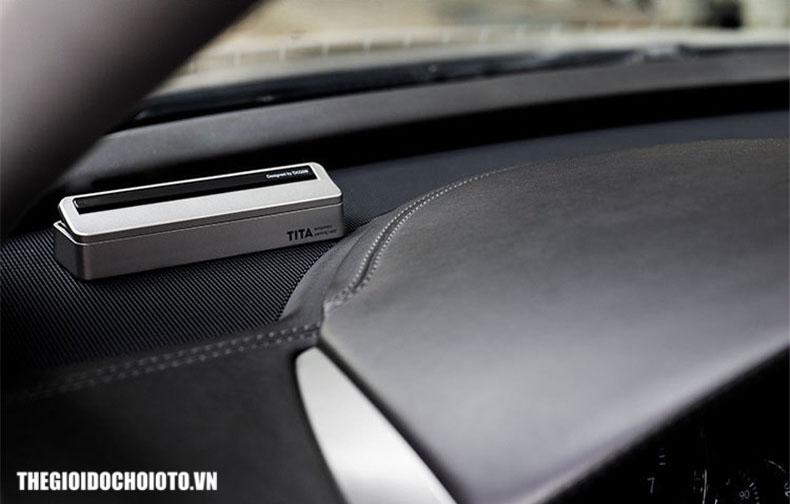Bảng gắn số điện thoại trên taplo ô tô Tita