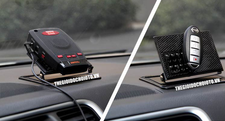 Giá đỡ điện thoại trên ô tô, kim loại kết hợp tấm dính cao su, xoay 360 độ (mẫu 6)