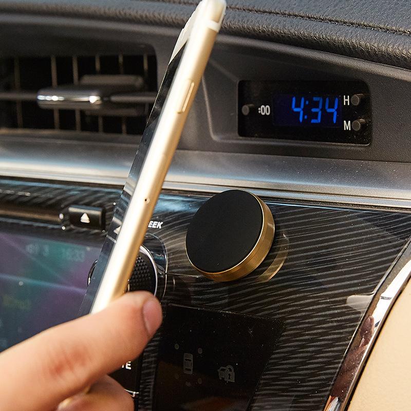 Giá đỡ điện thoại nam châm gắn taplo ô tô (mẫu 96)