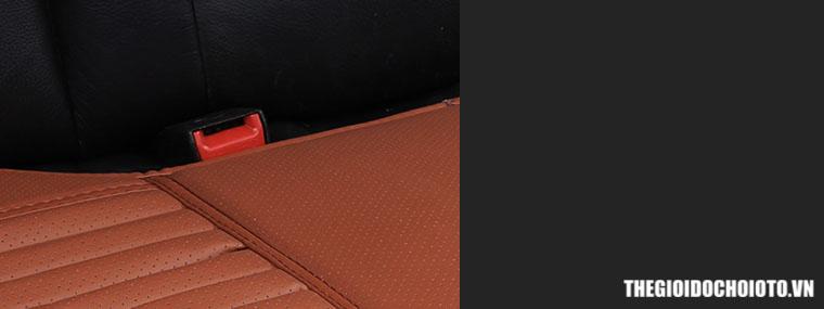 Tấm lót ghế ô tô bằng da