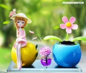 Nước hoa ô tô  hình cô gái và cây hoa trang trí ô tô