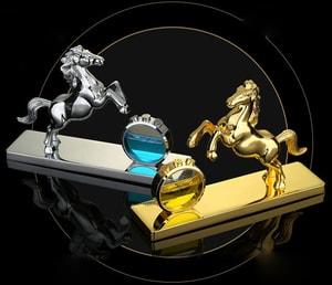 Nước hoa hình con ngựa vàng bạc trang trí ô tô
