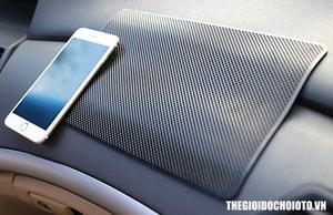 Miếng để điện thoại, để đồ chống trượt trên ô tô 20 x 13 cm và 28 x 18 cm