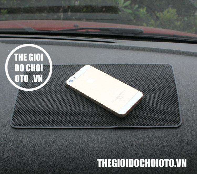 Miếng dán điện thoại, để đồ chống trượt trên ô tô ( mẫu lớn 27cm x 15 cm)