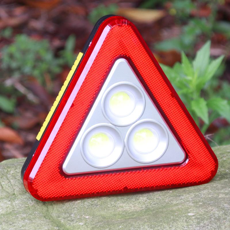 Biển tam giác cảnh báo đèn nguy hiểm cho ô tô có đèn LED
