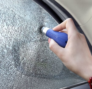 Búa phá kính an toàn cho ô tô kiểu móc khóa (mẫu 1)