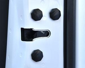 Nắp dán trang trí và bảo vệ vít cánh cửa xe ô tô chống rỉ ms-212