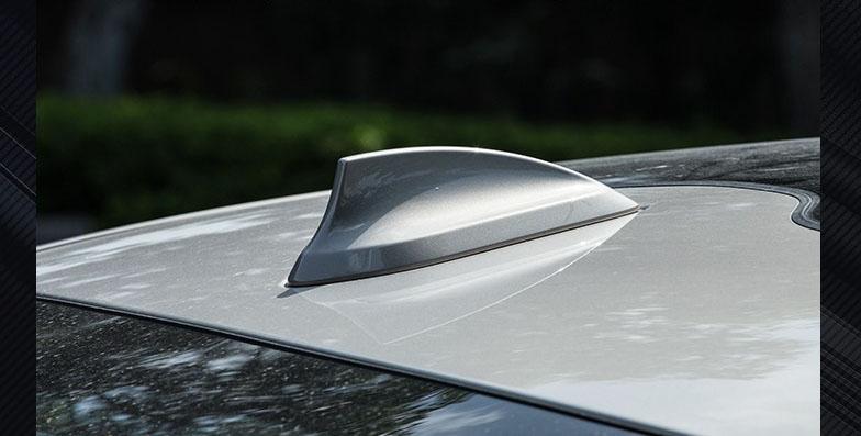 Vây cá mập thay ăng ten ô tô  (mẫu 11)